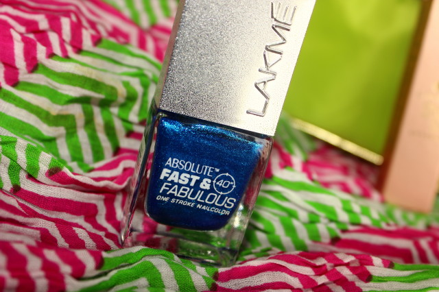 Lakme Fast and Fabulous Nail Polish