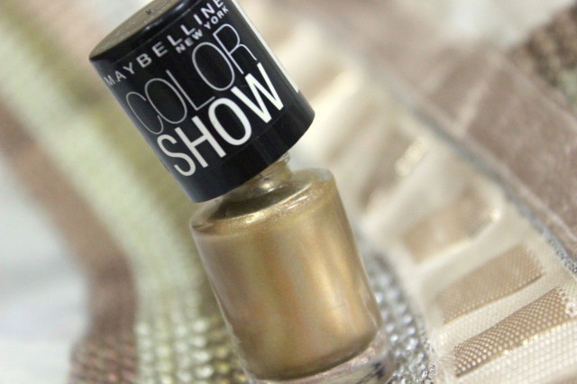 Maybelline Bold Gold Colorshow Polish Swatch