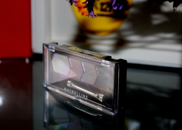 Maybelline Diamond Glow Eyeshadow