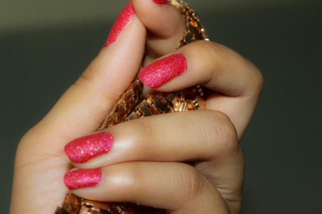 Maybelline Red Carpet Glitter Mania Colorshow Polish Swatches-2