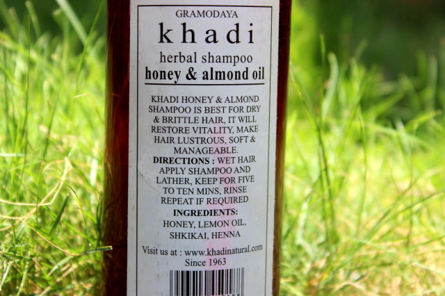Khadi Herbal Shampoo Honey and Almond Oil