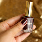 For the Chocoholics, there is Oriflame Giordano Gold Polish Noble Burgundy